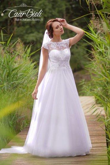 Czar-Bieli-suknia-model-10a-2019