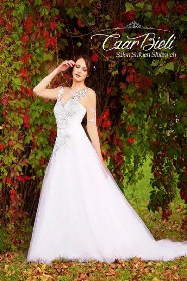 Czar-Bieli-suknia-model-11a-2019