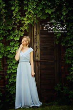 Czar-Bieli-suknia-model-11a-2018