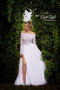Czar-Bieli-suknia-model-2a-2018