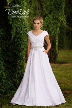 Czar-Bieli-suknia-model-3a-2018