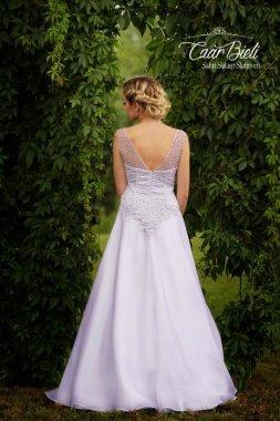 Czar-Bieli-suknia-model-4b-2018