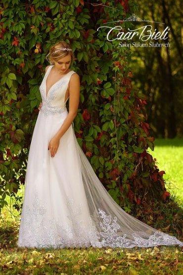 Czar-Bieli-suknia-model-5a-2019