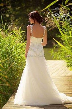 Czar-Bieli-suknia-model-8b-2019